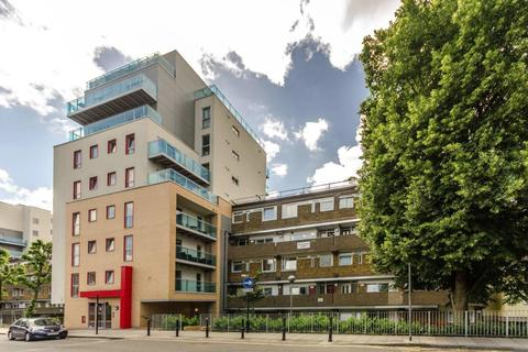 4 bedroom flat to rent - 92 Cable Street, London