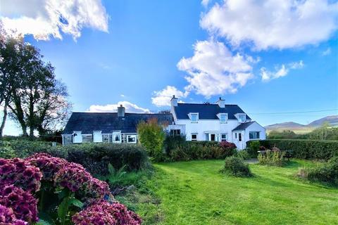 4 bedroom detached house for sale - Rhydyclafdy, Pwllheli