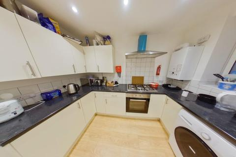 6 bedroom detached house to rent - *£125pppw* Queens Road East, Beeston, NG9 2GS