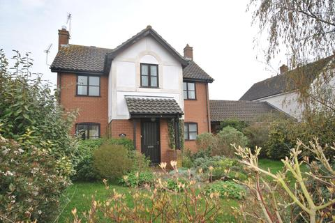 4 bedroom detached house to rent - The Street, Woolpit