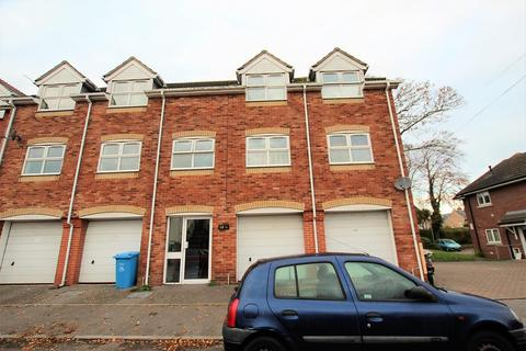 1 bedroom flat to rent - Ashley Road, Poole