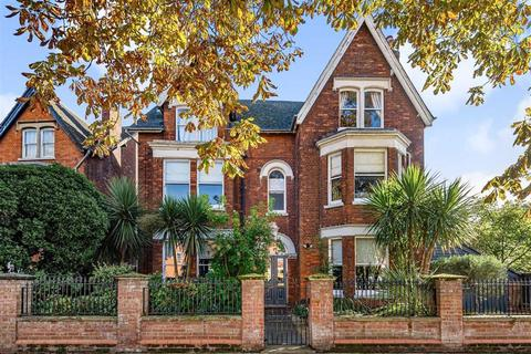 2 bedroom flat for sale - Rothsay Road, Bedford