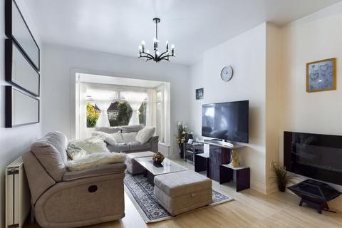 3 bedroom semi-detached bungalow for sale - Debdon Gardens, Heaton, Newcastle Upon Tyne