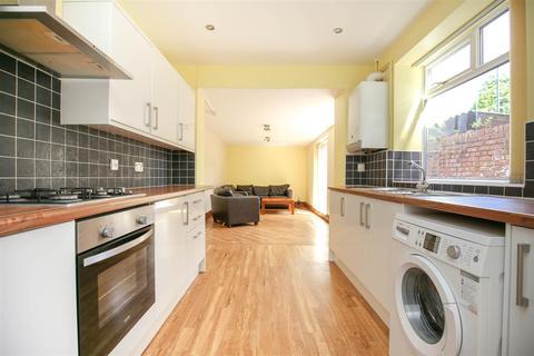 4 bedroom terraced house to rent - Meldon Terrace, Heaton, NE6, (£75 PPPW)