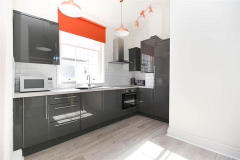 3 bedroom apartment to rent - St James Street, City Centre, NE1, (£125 PPPW)