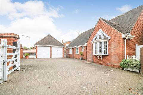 3 bedroom detached bungalow for sale - The Street, Hatfield Peverel, Chelmsford