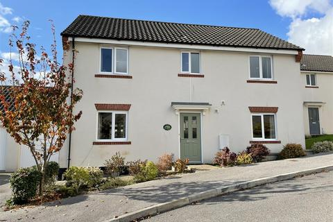 4 bedroom detached house for sale - Tregorrick View, St Austell