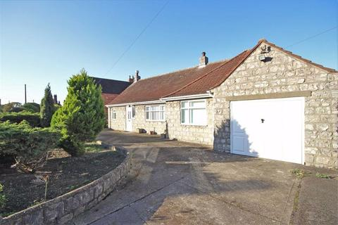 3 bedroom detached bungalow for sale - High Street, Bassingham, Lincoln, Lincolnshire