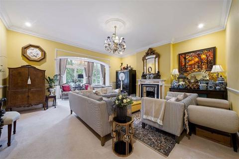 3 bedroom flat for sale - Frognal, Hampstead