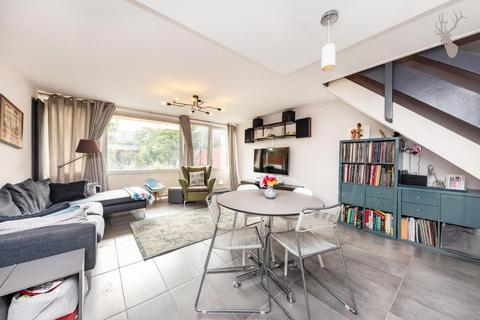 3 bedroom house to rent - St. Stephens Road, London