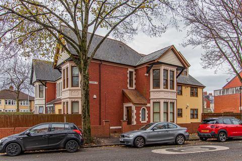 2 bedroom apartment to rent - Marlborough Road, Roath