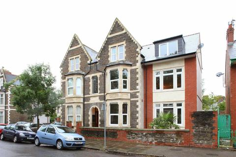 2 bedroom apartment to rent - Princes Mansions, Roath