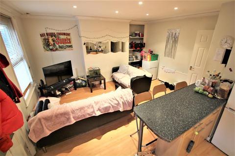 5 bedroom terraced house to rent - Granby Terrace, Headingley, Leeds, LS6 3BB