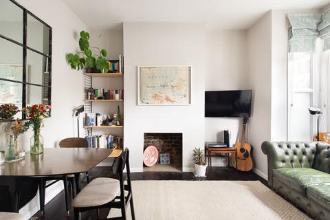 2 bedroom flat for sale - Daubeney Road, Hackney, E5