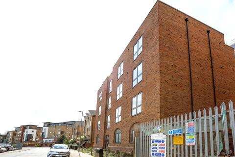 3 bedroom apartment to rent - Jai House, Hawkings Road, Colchester, Essex