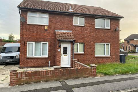 2 bedroom semi-detached house to rent - Gillamoor Close, Howdale Road, Hull, HU8
