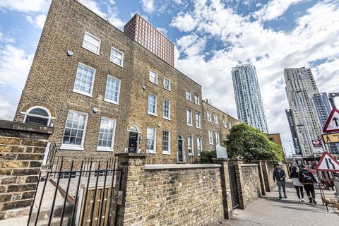 1 bedroom flat to rent - Wandsworth Road London SW8