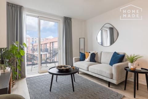 3 bedroom flat to rent - Chalk, New Maker Yards, Salford, M5
