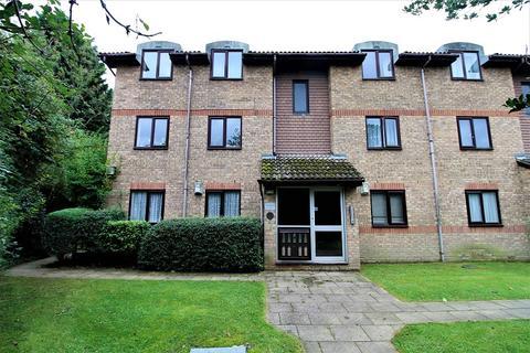 1 bedroom flat for sale - 1-5 Vicarage Lane, Horley, Surrey. RH6 8AP