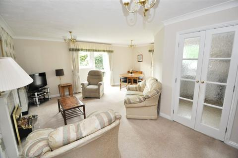 2 bedroom apartment for sale - Arkle Court, The Holkham, Vicars Cross, Chester, CH3