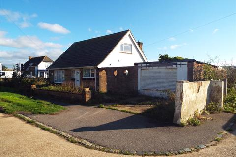 3 bedroom bungalow for sale - South Coast Road, Peacehaven, East Sussex, BN10