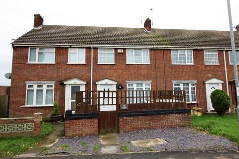 3 bedroom terraced house for sale - 18 Headlands Road, Aldbrough