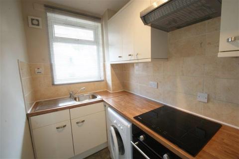 Studio to rent - 1 bedroom Studio 1st Floor in Fulham