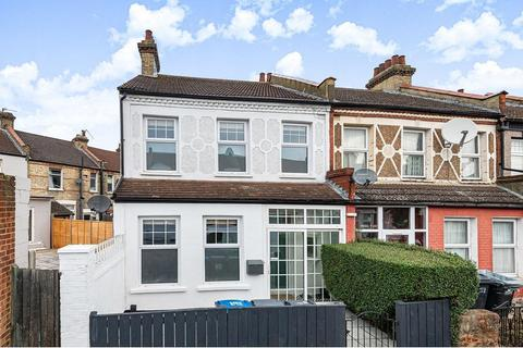 3 bedroom end of terrace house for sale - Grasmere Road, South Norwood
