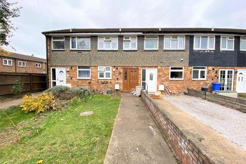 2 bedroom terraced house to rent - High Street, Harlington , UB3 5AD