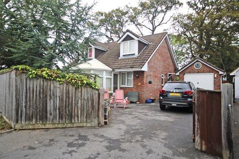 4 bedroom bungalow for sale - Everton Road, Hordle, Lymington, SO41
