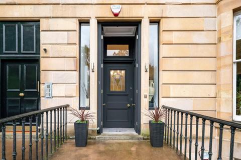 3 bedroom flat for sale - Main Door 7 Parkgrove Terrace, Kelvingrove, G3 7SD