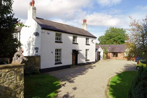 7 bedroom detached house for sale - Overton Road, Wrexham, LL14