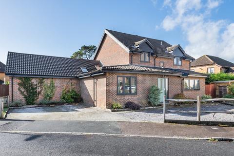 5 bedroom link detached house for sale - Greenacres Drive, Otterbourne, Winchester, Hampshire, SO21