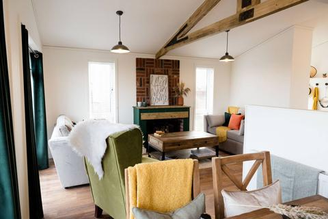 2 bedroom lodge for sale - Pensilva Cornwall