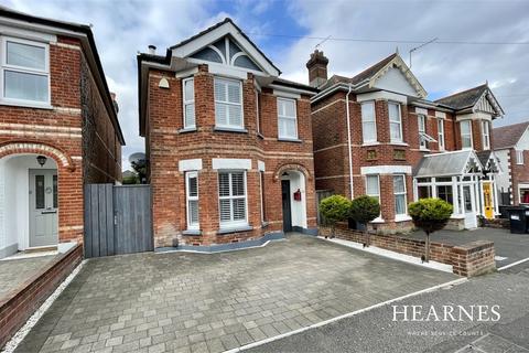 3 bedroom detached house for sale - Sedgley Road, Bournemouth, Dorset
