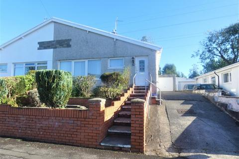 3 bedroom semi-detached bungalow to rent - Castle View, Bridgend County Borough, CF31 1HL