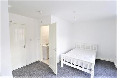 6 bedroom terraced house to rent - Humber Avenue, Coventry, CV1 2AU