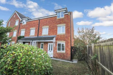 4 bedroom townhouse to rent - Heather Lea, Blyth