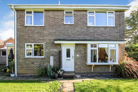 3 bedroom detached house for sale - Littondale Avenue, Knaresborough