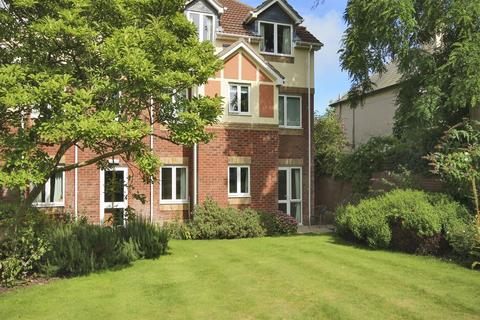 1 bedroom apartment for sale - Tylers Close, Lymington, SO41