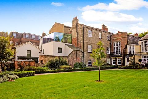 2 bedroom apartment for sale - Waterloo Lane, Chelmsford, CM1