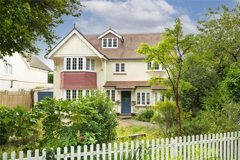 6 bedroom detached house to rent - Weston Green, Thames Ditton, Surrey, KT7