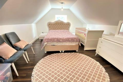 2 bedroom maisonette for sale - Hickory Close, Edmonton