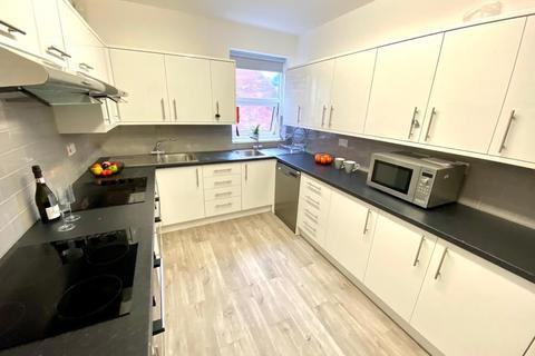 7 bedroom flat to rent - 323A Ecclesall Road