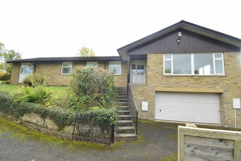 4 bedroom detached bungalow to rent - Church Lane, Cawthorne, Barnsley, S75 4DW