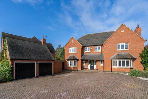 5 bedroom detached house for sale - Oxfield Park Drive, Old Stratford, Milton Keynes