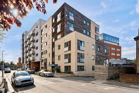 1 bedroom flat for sale - Stanley Road, Wimbledon