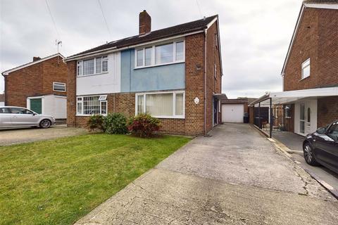 3 bedroom semi-detached house for sale - Holmwood Drive, Tuffley, GL4