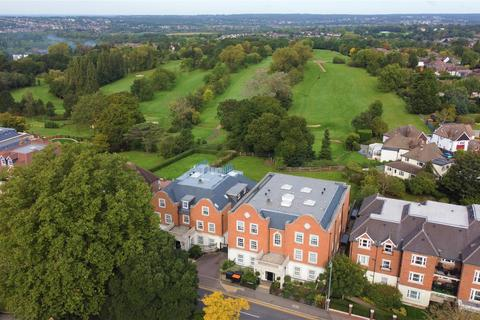 3 bedroom penthouse for sale - Regency Apartments, Chigwell