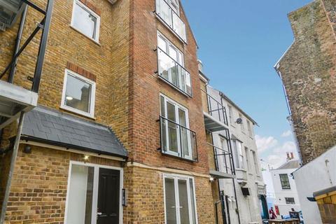 2 bedroom flat for sale - St. Marys Road, Broadstairs., Kent